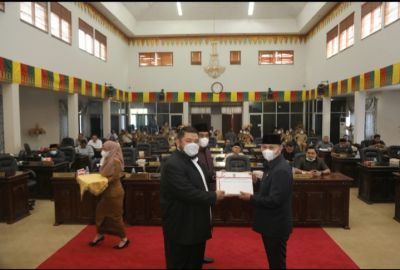 Rapat Paripurna Penyampaian Ranperda APBD Murni TA 2022 Kabupaten Rohul